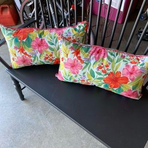 New Without Tags! Ethan+Allen outdoor pillows(2)